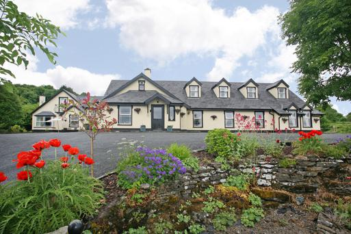 Bunratty Woods is situated on an elevated site 10 minutes' walk from the castle