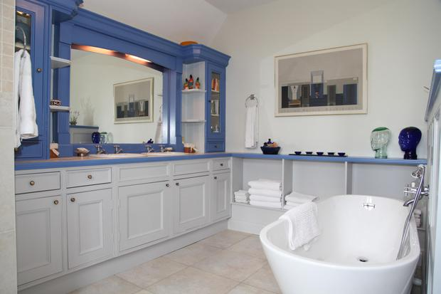 The master ensuite with standalone tub