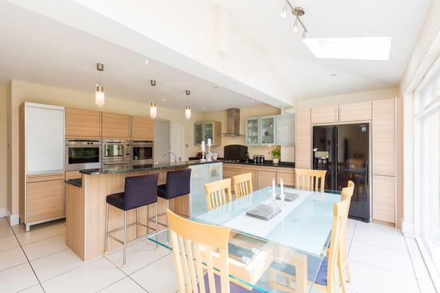 The kitchen/dining room is fitted with state-of-the-art appliances