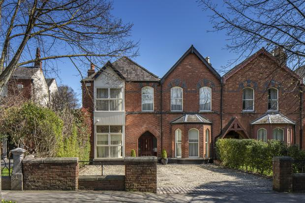 100 St Lawrence Road is unusual on its street as it's a double-fronted property