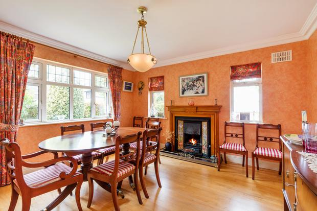 The formal dining room of 7 The Old Golf Links in Malahide