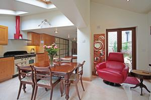 Kitchen/dining and sitting room