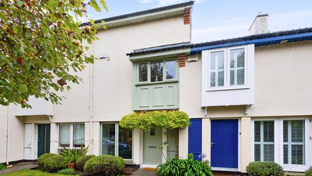 4 Willow Mews