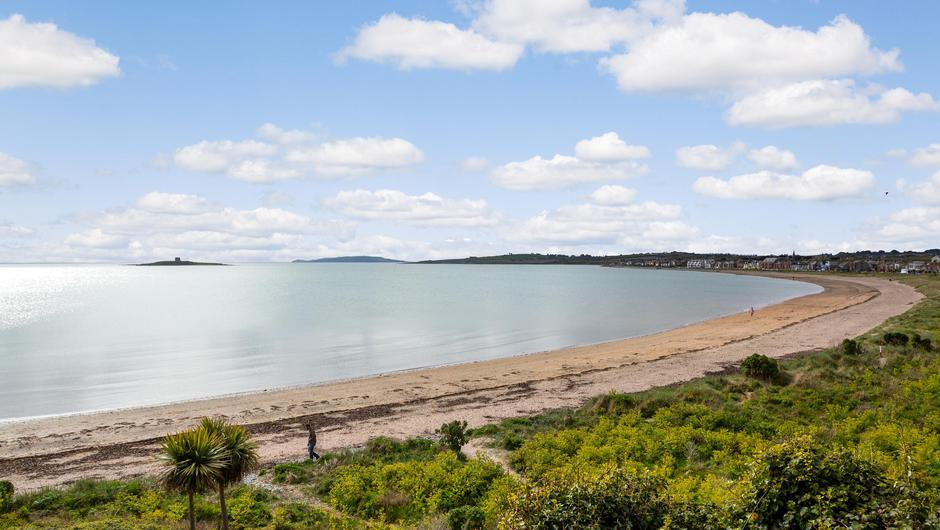 Dorn Hall's grounds have access to Skerries beach