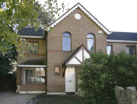 8 Minstrel Court, Stillorgan, €385,000