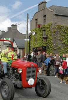 Vintage tractors on the move through Borris