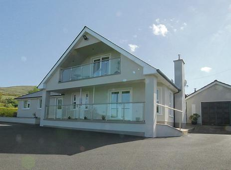 On the market with DNG for €460,000.