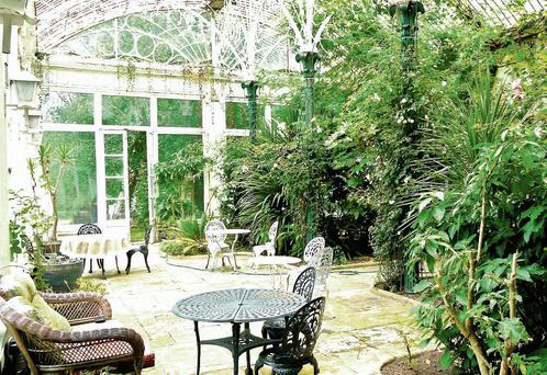 The conservatory in Marlfield