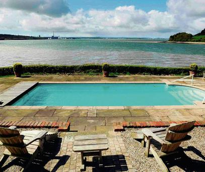 East Ferry Lodge, Midleton comes with an oudoor heated swimming pool which is 12 metres long.