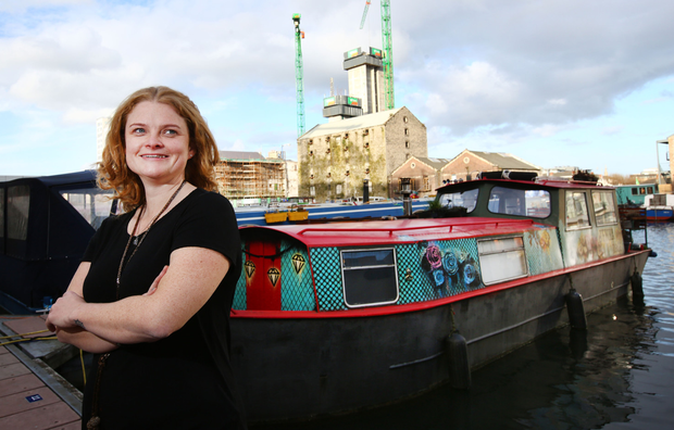 I bought my houseboat for €20,000    before that I needed three jobs