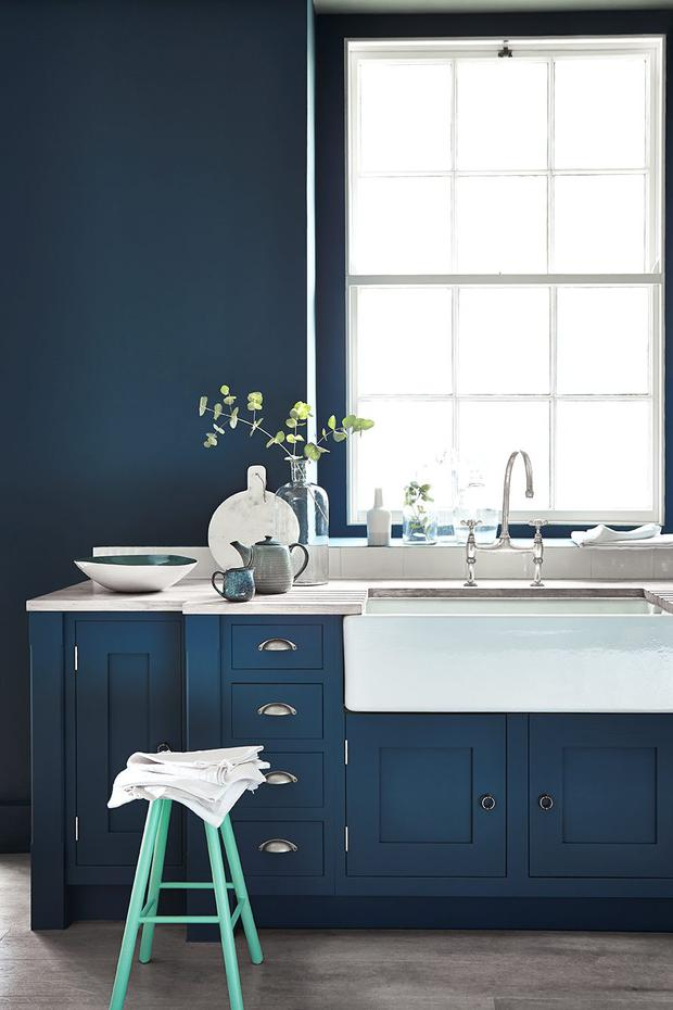 SPLASH OUT Add a burst of colour by matching walls and units in Hicks Blue Intelligent Matt by Little Greene Paints, extra durable and wipeable.