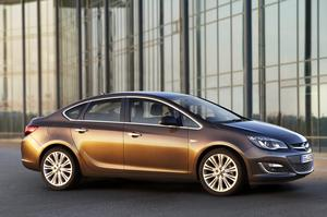 THE NEW BOOTED OPEL ASTRA: a stylish offering with an eye on the bottom