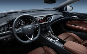 All new: The cabin of the Opel Insignia 2017