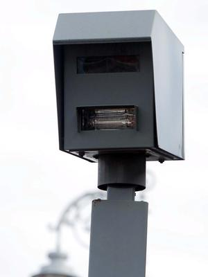 An innovative Red Light Camera System to minimise collisions at the junction of Blackhall Place and Luas Red Line, which will see drivers who break the red light at this location automatically receive three penalty points. Photo: Gareth Chaney Collins