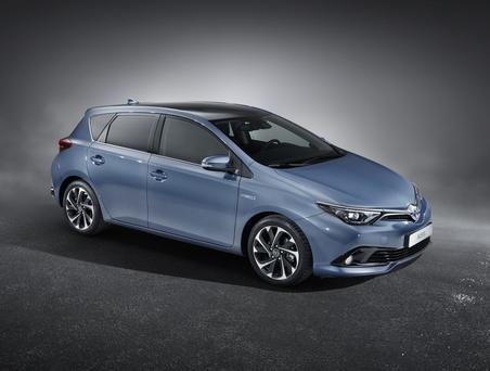 Toyota Auris - here for the 152-registration period.