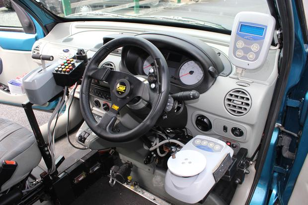 This photo gives an idea of the array of equipment at the disposal of the learner-driver in the car