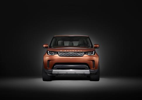 Land Rover's new seven-seat Discovery