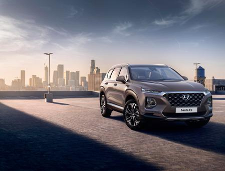 First pics: Hyundai Santa Fe gets daring new look