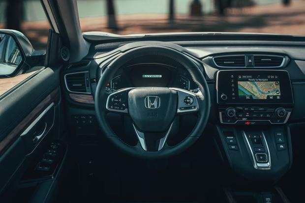 The interior of the CR-V Hybrid