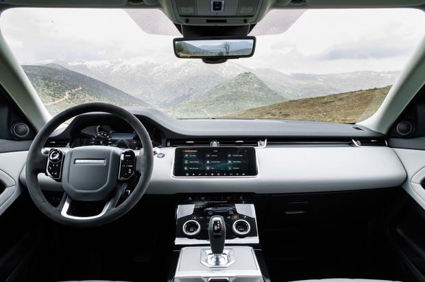 The interior of the Range Rover Evoque comes with a 10 inch touchscreen