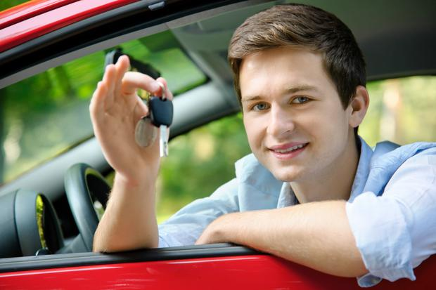 What second-hand car would you recommend for a college student