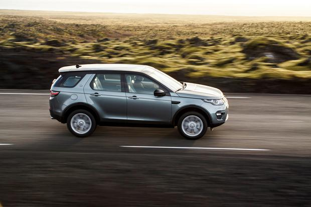 Spacious in suburbia: Discovery Sport prices start from €37,000