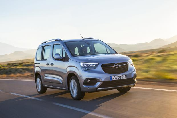 All Is Not Quite As It Seems With Opel S Combo Life People Carrier