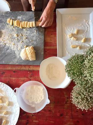 Learn to make pasta in a Tuscan farmhouse
