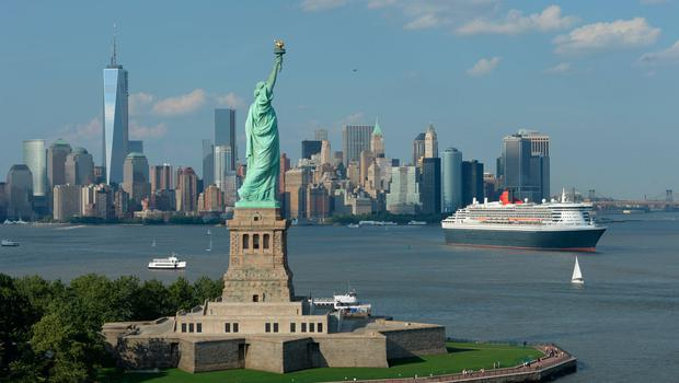 2013: Queen Mary 2 in New York City, USA. Belonging to Cunard Line the ship was celebrating it's 200th transatlantic crossing. Photo: Getty