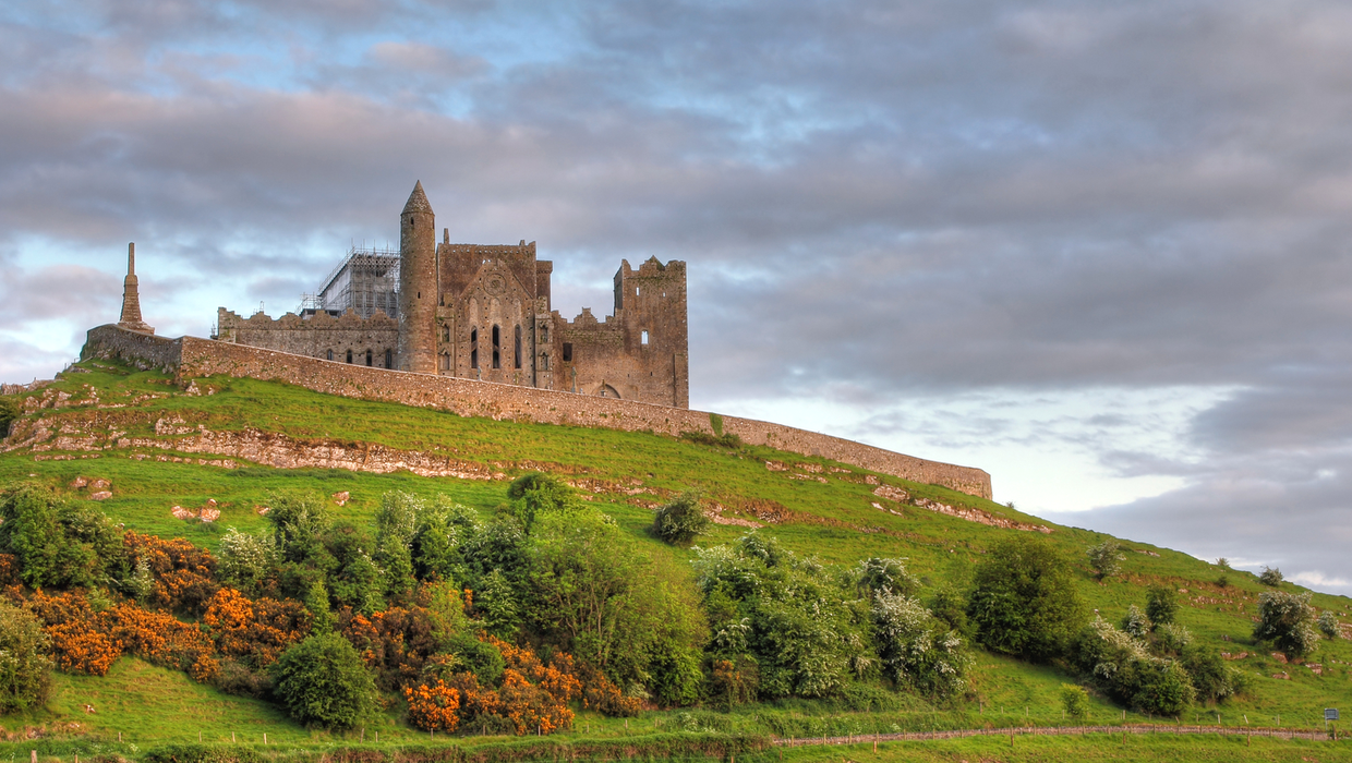 Cashel | Rock of Cashel & Cashel Heritage Centre & Tourist