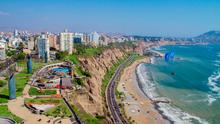 Aerial view of Miraflores Park, Lima - Peru. Photo: Deposit