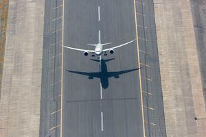 A Boeing 787 Dreamliner takes off. The now-iconic aircraft first launched in 2007. Photo: Boeing.com