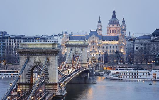 Chain Bridge in downtown Budapest. Photo: Thinkstock
