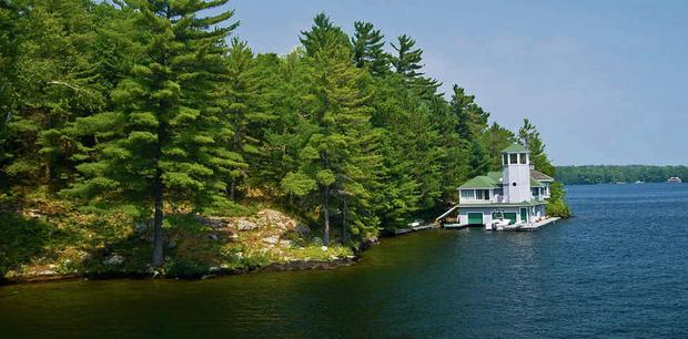 A cottage at Lake Rosseau