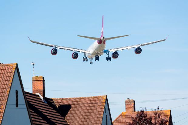 An airplane approaches London Heathrow. Photo: Deposit
