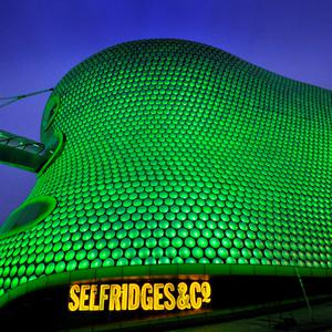 Birmingham – Selfridges in Birmingham joins Tourism Ireland's Global Greening initiative, to celebrate the island of Ireland and St Patrick. Pic – Adam Fradgley/Exposure