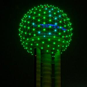 Dallas – Reunion Tower in Dallas, Texas, joins Tourism Ireland's Global Greening initiative, to celebrate the island of Ireland and St Patrick.