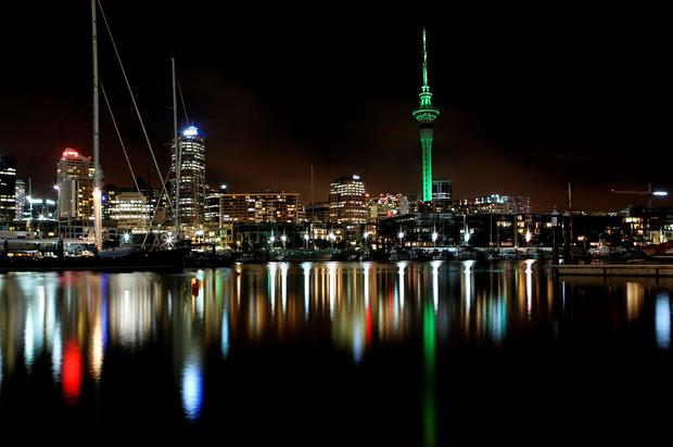 pic 1 - SKY TOWER IN AUCKLAND JOINS TOURISM IRELANDS GLOBAL GREENING 2015.jpg