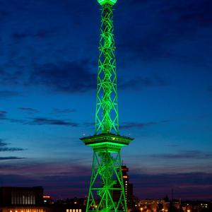 The Funkturm Berlin (radio tower) joins Tourism Ireland's Global Greening, to celebrate the island of Ireland and St Patrick. Pic – Stefan Wieland