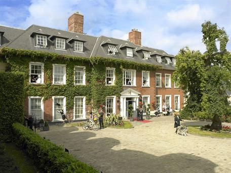 The Five-star Hayfield Manor