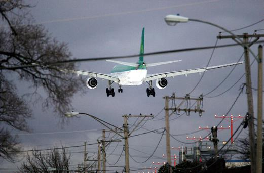 An Aer Lingus jet prepares to land at O'Hare International Airport in Chicago, Illinois, in 2010. Photo: Tim Boyle/Bloomberg via Getty Images