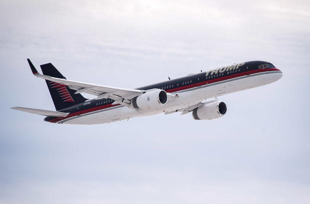 Donald Trump's plane prepares to land ahead of the 2016 Iowa Caucus. Photo: JIM WATSON/AFP/Getty Images