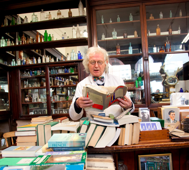 Read Ulysses at Sweny's Chemist
