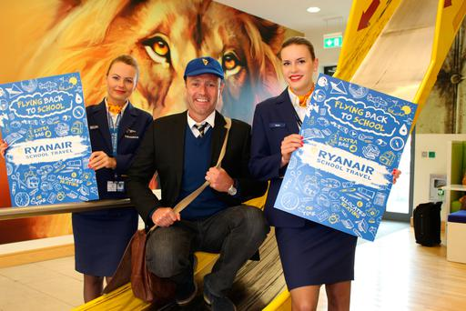Kenny Jacobs (centre), Ryanair's Chief Marketing Officer, at the launch of Ryanair Schools Travel