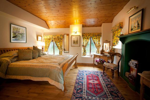 Irish cottage hideaway named best beach holiday home in for Irish bedroom designs