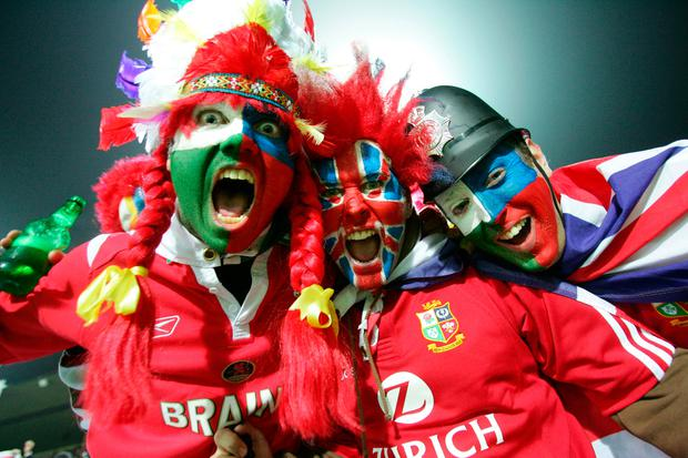 Lions supporters cheer during the 2005 New Zealand tour. Photo by Dean Treml/Getty Images