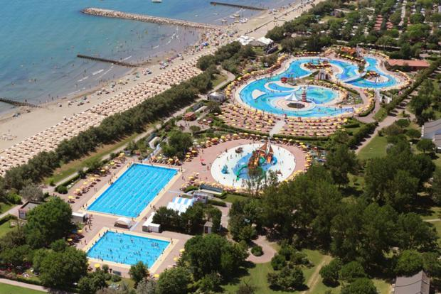 Sea or pool? So much to choose from at Pra' delle Torri holiday park