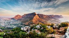 Cape Town: Table mountain sunset