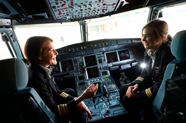 Captain Louise Gilroy and First Officer Amy Cunningham on flight EI162. Photo: MaxwellPhotography.ie