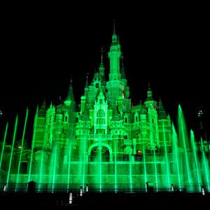 Disneyland castle in Shanghai (China) joins Tourism Ireland's Global Greening initiative.